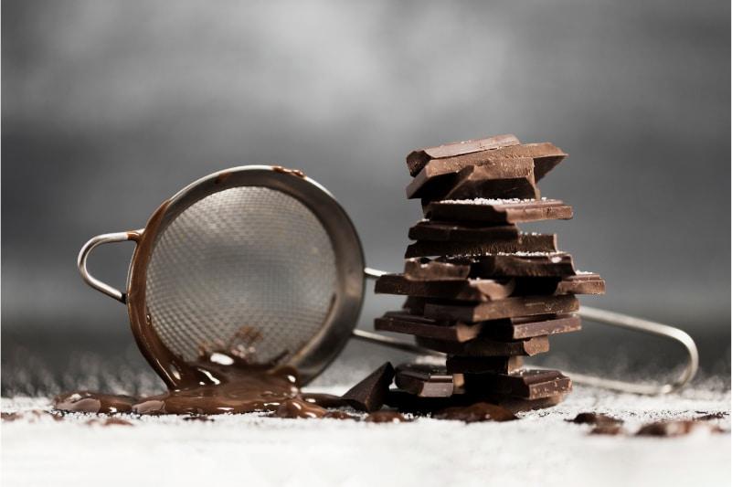 Zu viel Schokolade macht die Ganache zu fest