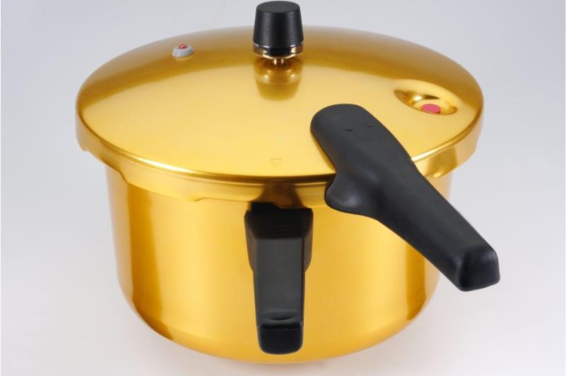 Suppe im Topf transportieren