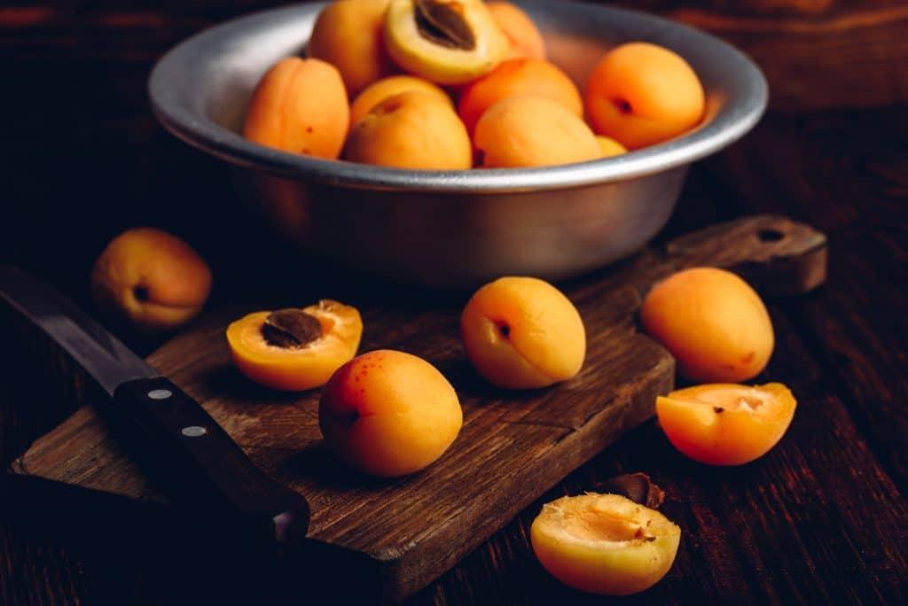 Wie lange halten sich eingefrorene Aprikosen?