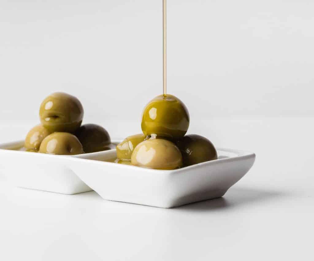 Wie lange ist ein geöffnetes Olivenöl haltbar?