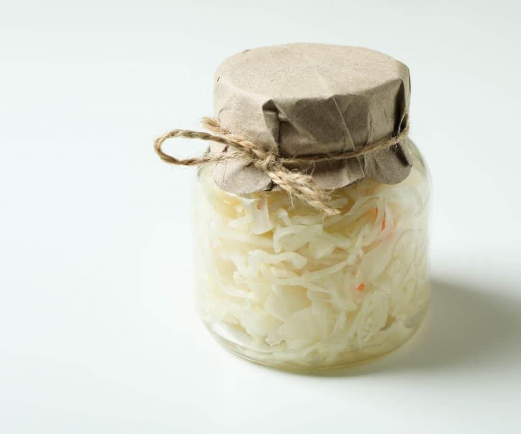 Wie lange ist selbst gemachtes Sauerkraut haltbar