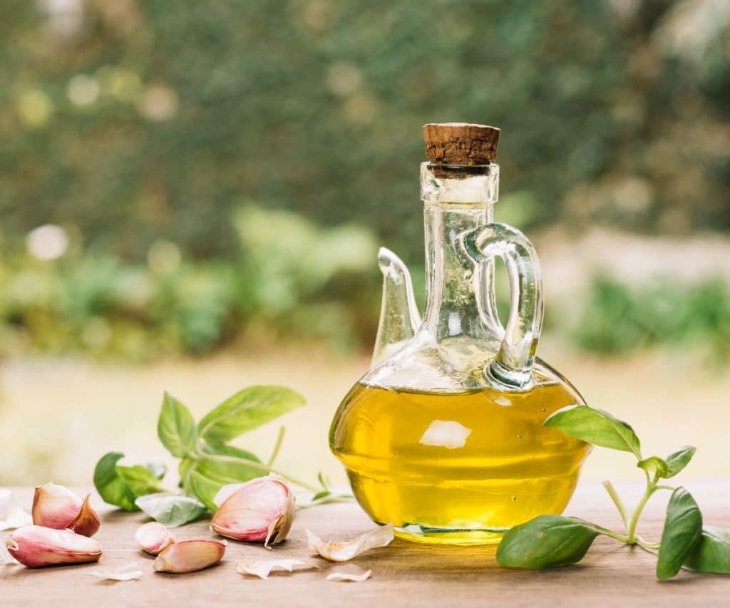 Wie kann man Olivenöl haltbar machen?