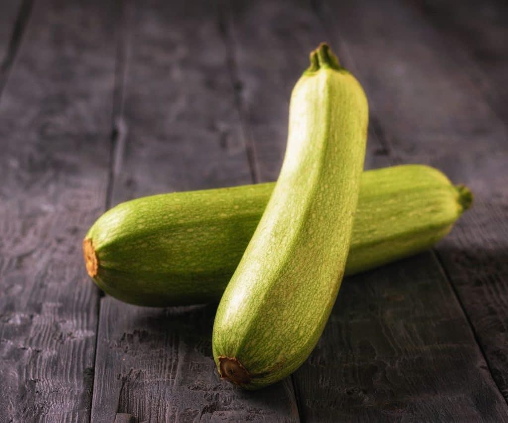 Wie lange halten sich Zucchini ungekühlt