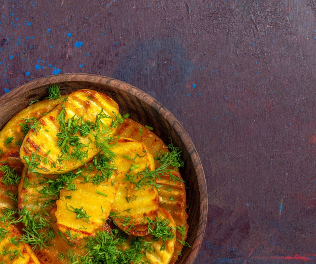 Was ist der Unterschied zwischen Bratkartoffeln aus rohen bzw. vorgekochten Kartoffeln